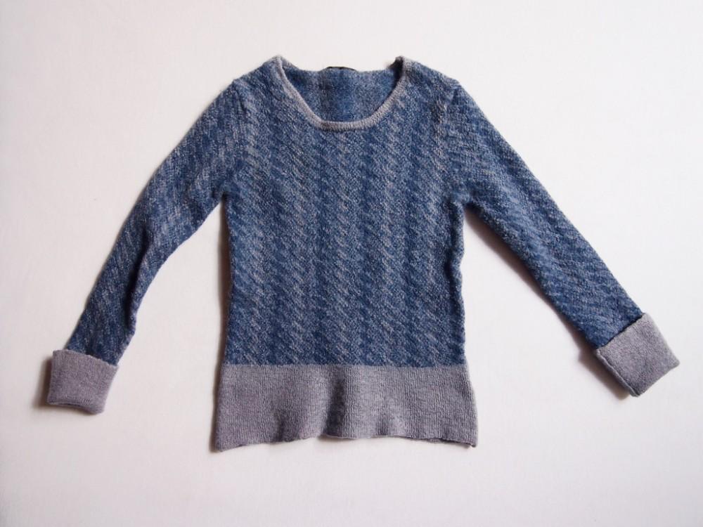 Astrids eingelaufener Pullover