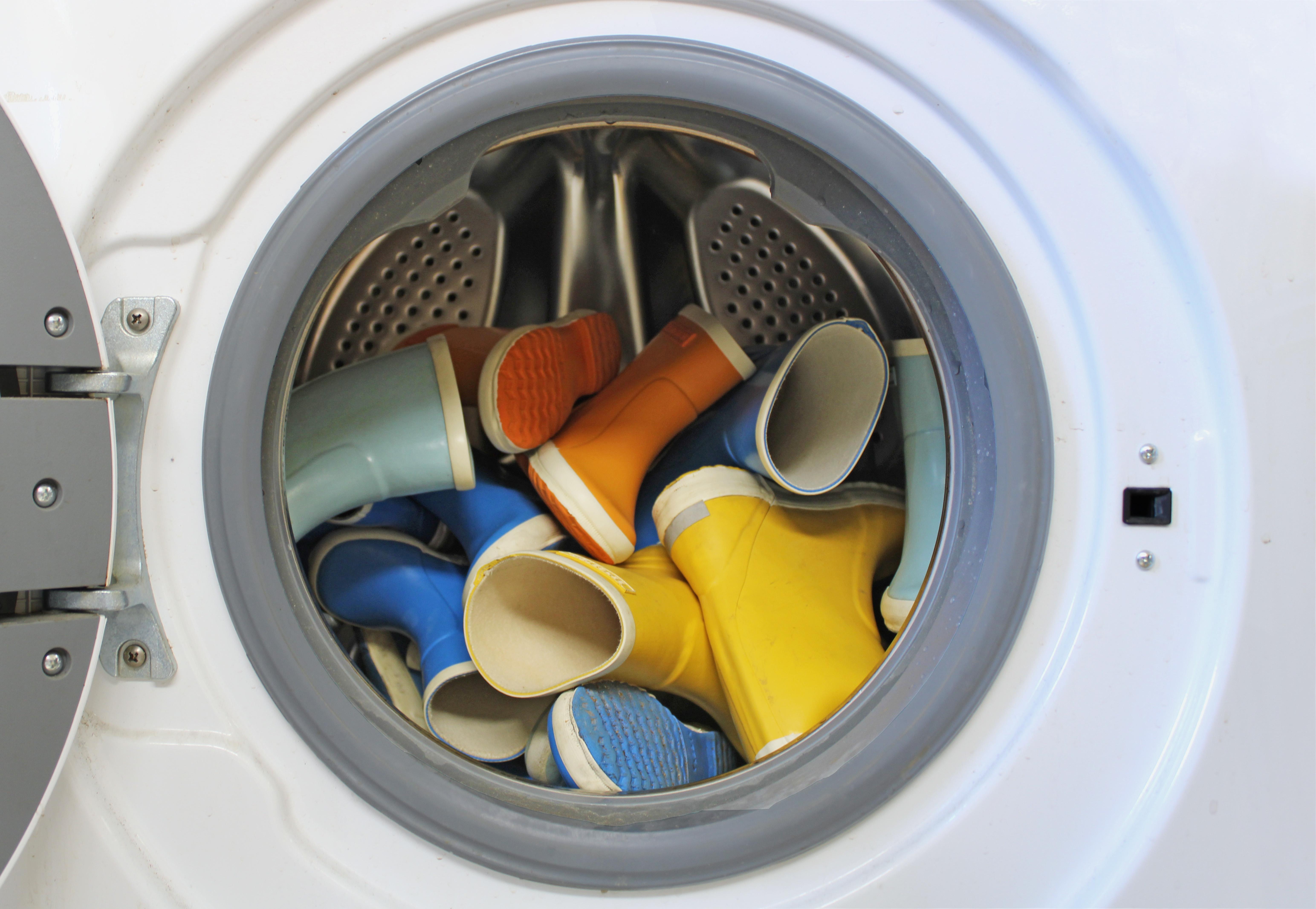 Gummistiefel in der Waschmaschine