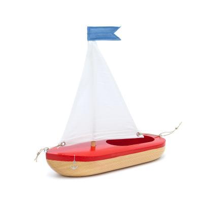 Segelboot aus Lärche