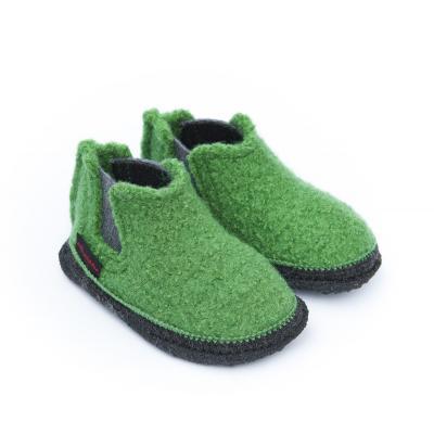 Hausschuhe aus Wolle grün