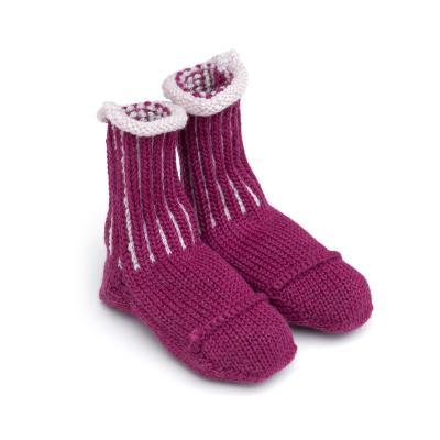 Socken für Babies aus Wolle beere