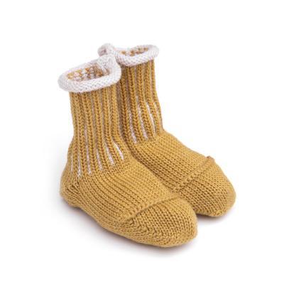 Socken für Babies aus Wolle gold