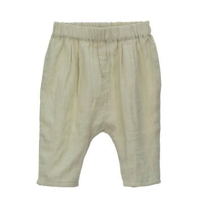 Hose aus hauchzarter Baumwolle kräutergrün